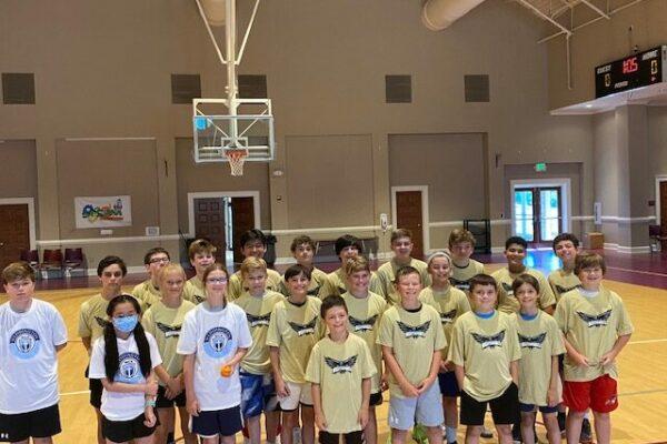 Older group basketball